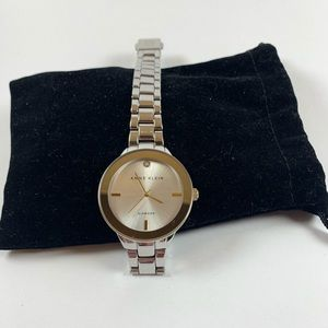 Magic and Beauty Watch